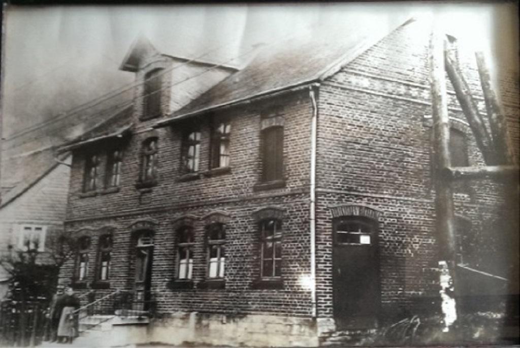 Zur alten Post um 1900